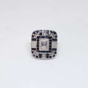 Jewelry - 💥Antique Art Fashion Ring